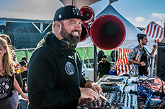 Claude VonStroke mit VOID Air Motion Monitoring